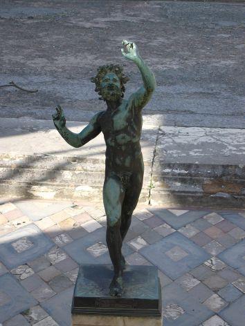 statue-of-faune-pompei