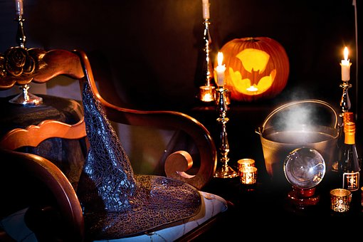 halloween-3737488__340