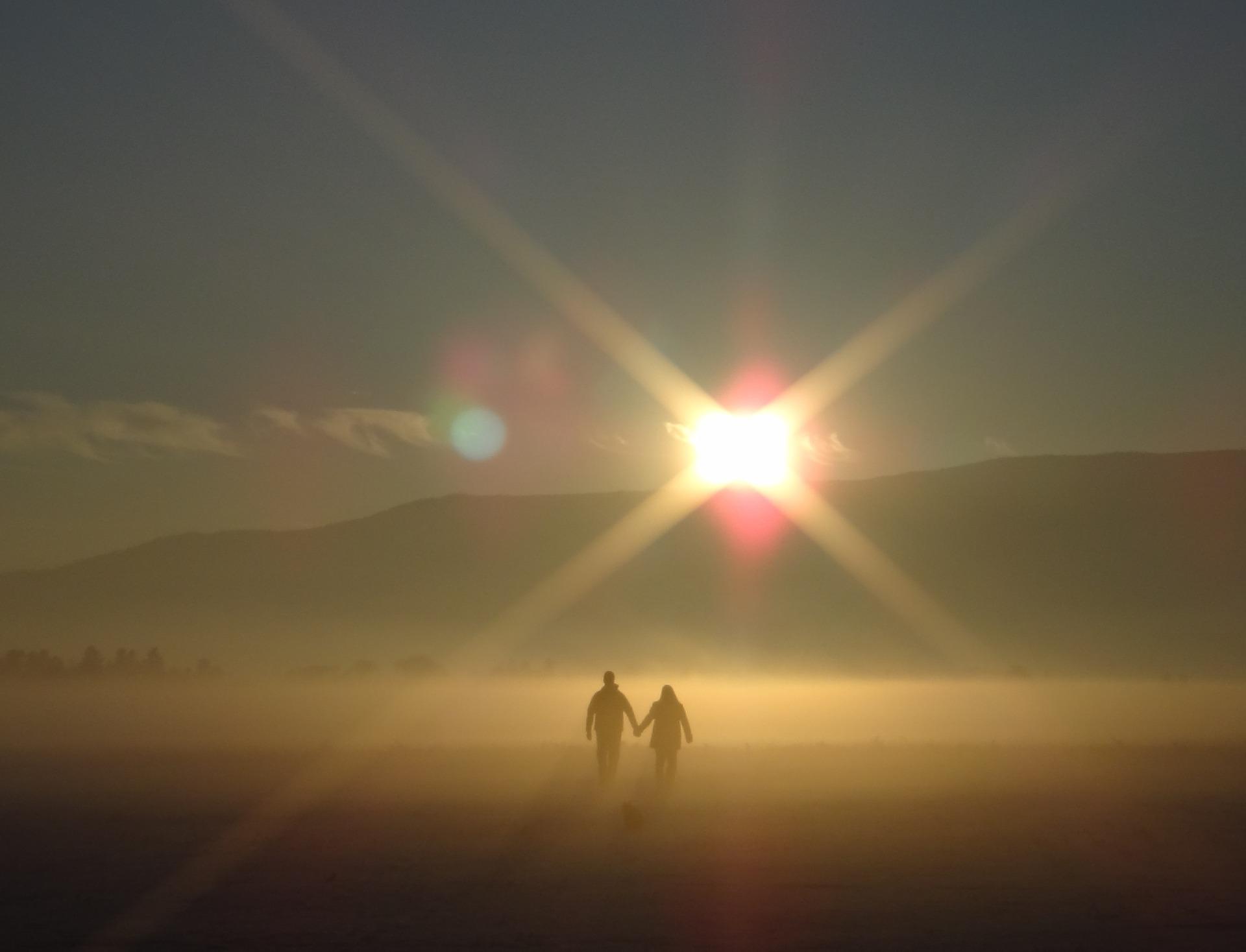 sunset-801933_1920.jpg